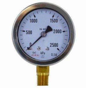 Oil and grease free pressure gauges